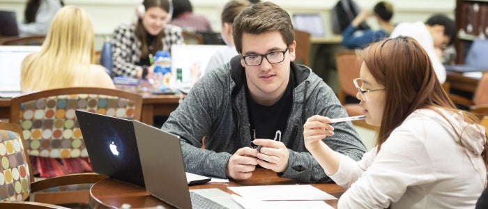 Tom Skoff offers peer tutoring in Hillman Library,